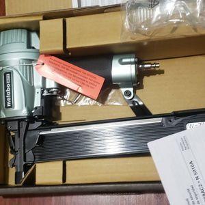 Metabo HPT (was Hitachi Power Tools)16-Gauge 7/16-in Medium Crown Construction Pneumatic Stapler for Sale in Laurel, MD