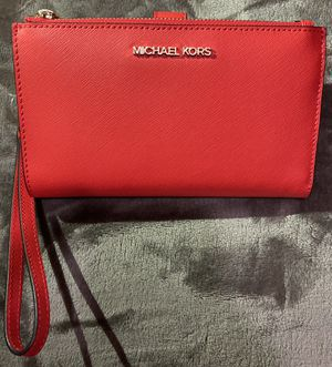 Michael Kors Wristlet for Sale in Dover, PA