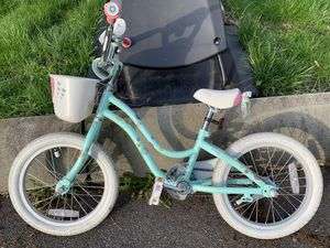 "Trek Mystic 16"" Girls Kids Bike Bicycle Blue. With training wheels. for Sale in Newton, MA"