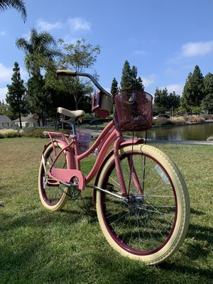 New beautiful beach 🏖 cruiser deluxe ladies women's girls bike bicycle for Sale in Chula Vista, CA