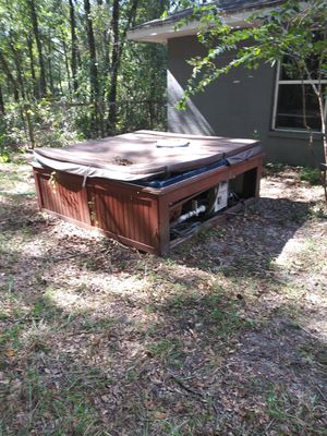 Hot tub for Sale in Inverness, FL