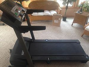 Awesome Pro-form Treadmill Works Great Can Deliver for Sale in Pittsburgh, PA