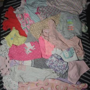 Girls Baby Clothes Nb To 3month for Sale in Sterling Heights, MI