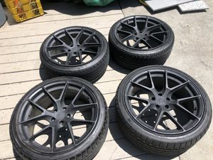 20 inch wheels, Staggered Tires for Sale in Berkeley, CA