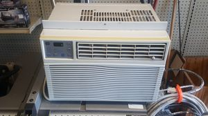 GE 6300 BTU Window AC Unit for Sale in Grand Prairie, TX