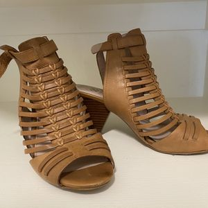 Vince Camuto Scrappy Heels for Sale in Troutdale, OR