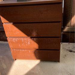 FREE dresser for Sale in Fullerton,  CA