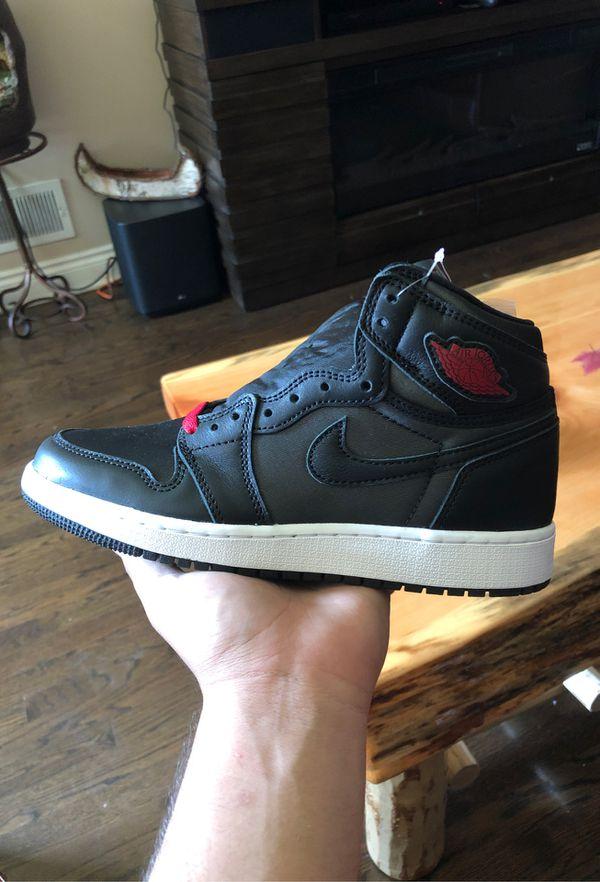 Air Jordan 1 Black gym red sz 5.5y