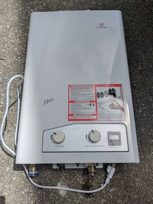 Tankless water heater lp for Sale in Erial, NJ