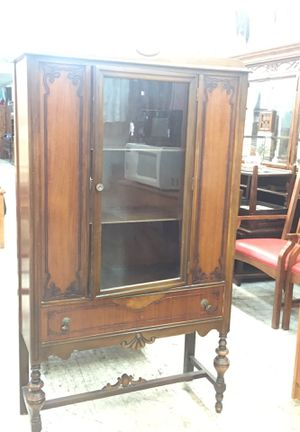 Antique dining room cabinet for Sale in Philadelphia, PA
