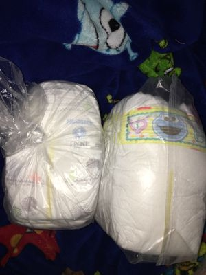 DIAPERS‼️ Huggies & Pampers(10ct EACH) for Sale in Lake Stevens, WA