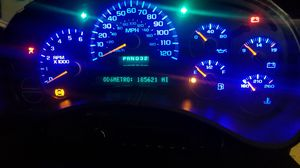 GM OEM 03 - 06 Chevy GMC Instrument Gauge Cluster with Blue LEDs and 185k Miles! for Sale in Gonzales, LA