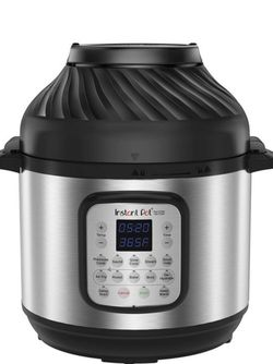 Dio Crisp Instant Pot new for Sale in Lakewood,  CA