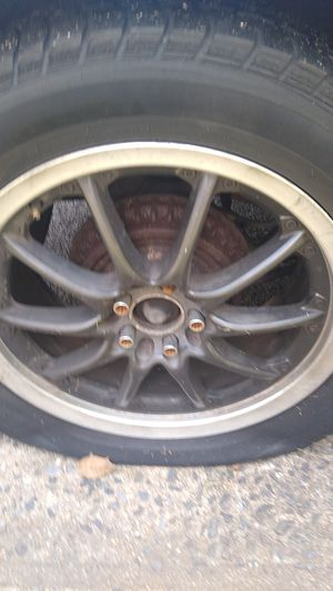 "17"" black rims 5 lugs for Sale in Rock Hill, SC"