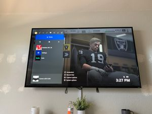 65 in TCL Roku TV for Sale in Pflugerville, TX