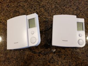 Honeywell Thermostat for Sale in Vancouver, WA