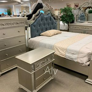 BEDROOM SET ( Bed frame, dresser, nightstand and mirror ) Queen, King 💰$39 DOWN payment for Sale in Silver Spring, MD