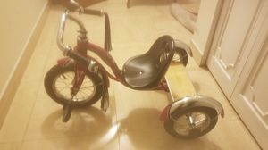 Toddlers tricycle. As good as new for Sale in Miami, FL