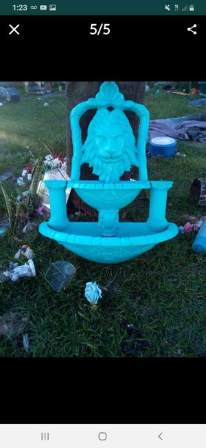Lion head double water fountain for Sale in St. Cloud, FL