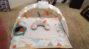 FISHER PRICE LIGHTED PLAY MAT WITH HANGING TOYS for Sale in Escondido, CA