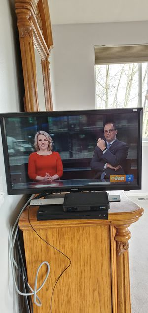 """24"""" Samsung LED HD TV for Sale in Puyallup, WA"""