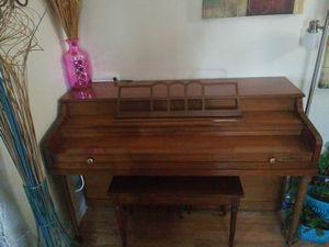Piano Milton by Kholer & Campbell for Sale in Hempstead, NY