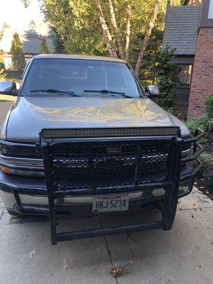 2002 Chevy Silverado z71 4x4 for Sale in Solon, OH