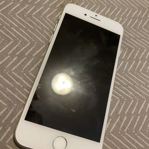 iPhone 8 64gb for Sale in Hollister, CA