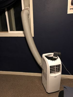 Global air, portable AC 3,000 BTU for Sale in Norwalk, CA