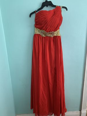 Elegant dress for Sale in Madera, CA