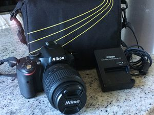 Nikon D5100 for Sale in Philadelphia, PA