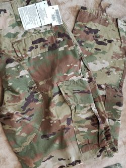 Multicam OCP Pants - FR & IS for Sale in Cary,  NC