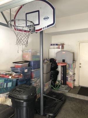 Lifetime Graphite Basketball Hoop for Sale in Gardena, CA