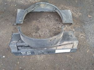 GMC Yukon Radiator Fan Shroud for Sale in Glendale, AZ