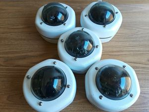 Lot of 5 IQeye 511DV IqinVision WK Vandal Resistant Dome Security Camera for Sale in Dallas, TX