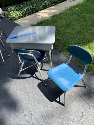 Kids Desk and Chairs for Sale in Bartlett, IL