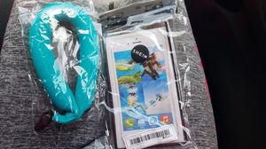 Floatie for phone or camera and waterproof phone case for Sale in St. Petersburg, FL