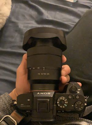 Sony Zeiss 16-35mm for Sale in Riverside, CA