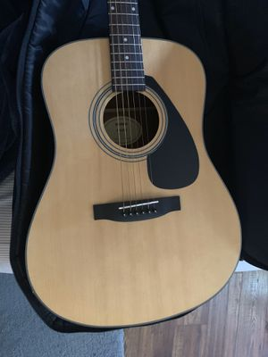 Yamaha w guitar and case. for Sale in Toms River, NJ
