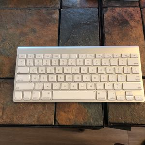 Apple Mouse Plus Apple Keyboard for Sale in Fort Worth, TX