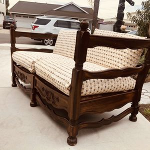 1930 s jamestown lounge feudal oak sofa, We changed the cushion cover. for Sale in Los Alamitos, CA