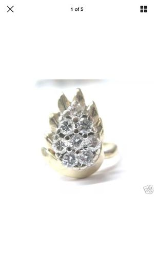Fine pear shape cluster diamond ring yg 14kt 0.82ct for Sale in Los Angeles, CA