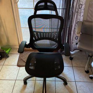 Black Office Chair for Sale in Pomona, CA