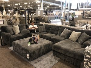 BIG COMFY COUCH FOR SALE for Sale in McKinney, TX