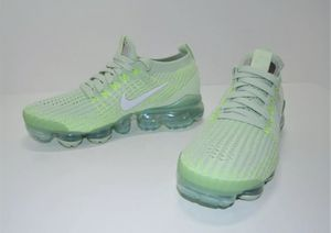 NEW NIKE AIR VAPORMAX FLYKNIT 3 WOMEN'S SHOES SZ 6 for Sale in Woodburn, OR