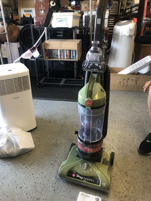 Hoover Windtuunel 12 amps vacuum for Sale in Las Vegas, NV