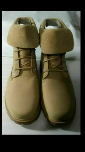 New Ladies Timberland Short Boots Size 7 for Sale in Denver, CO