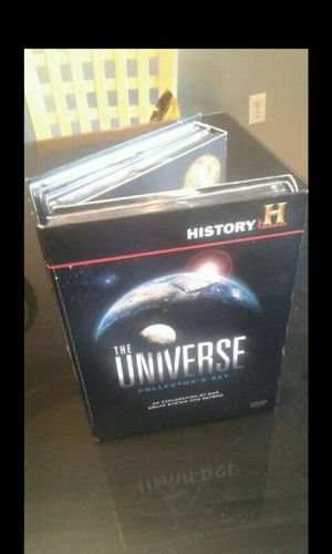 The Universe complete Collection Set. Great condition for Sale in BETHEL, WA