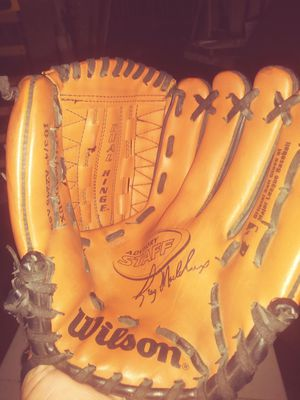 Wilson baseball glove for Sale in Fort Worth, TX