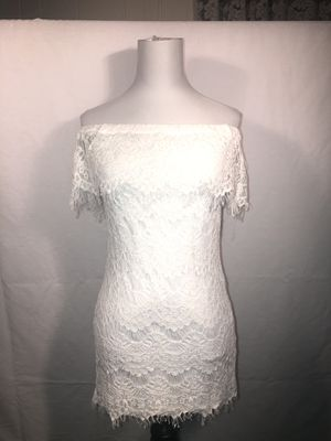 Forever 21 white off shoulder mini dress size Small for Sale in Denver, CO